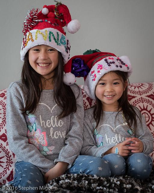 Hana and Sara in their Santa Hats