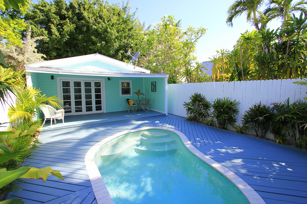 812 johnson ln key west sunday open house new price for Bath house key west
