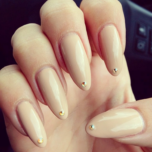 Oval shape nails likewise dope nail designs tumblr furthermore summer
