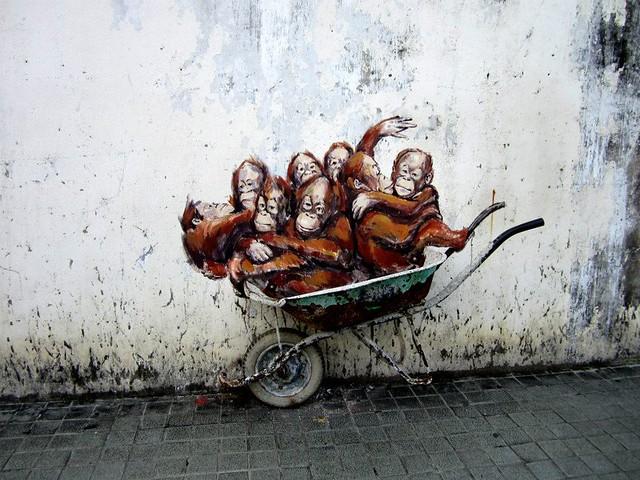 Kuching mural 1