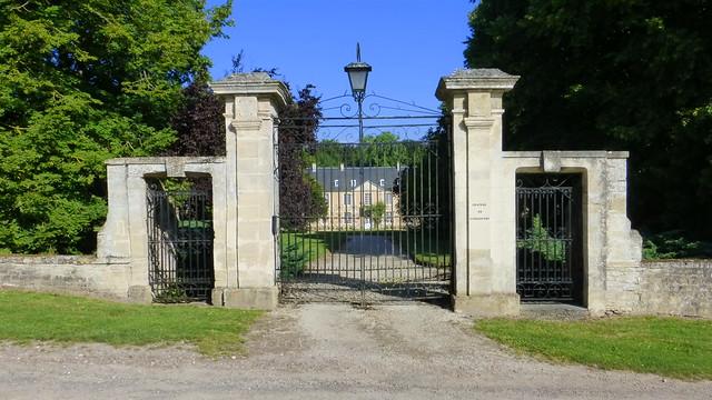 010 Château de Pierrepont, Pierrepont (Lantheuil)