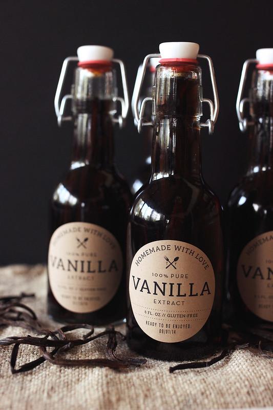 How-to Make Homemade Vanilla Extract - Tasty Yummies
