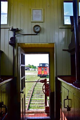 ontario caboose smithsfalls railwaymuseumofeasternontario