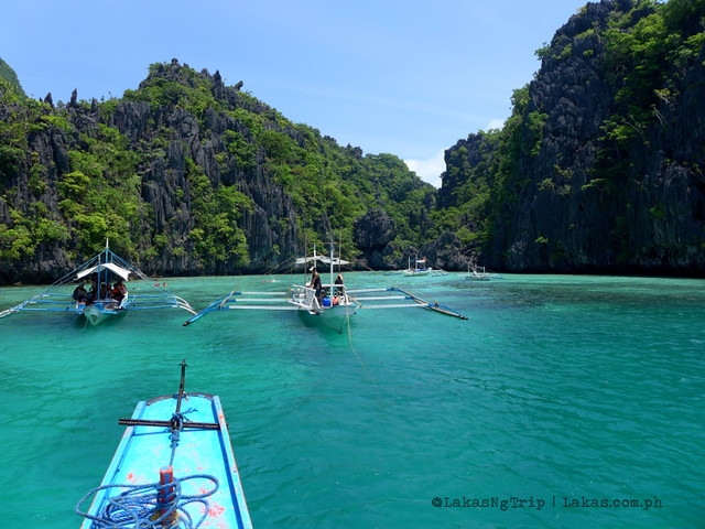 Entrance to Small Lagoon, El Nido Island Hopping Tours, Palawan