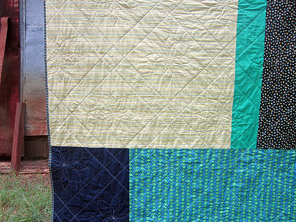 Cobblestones quilt finish