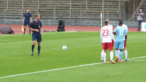 Elfmeter für Chemnitz zum 0-2