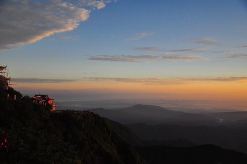 morning sun sunrise nikon mt july hike shan sichuan province 18105 2014 emei d90