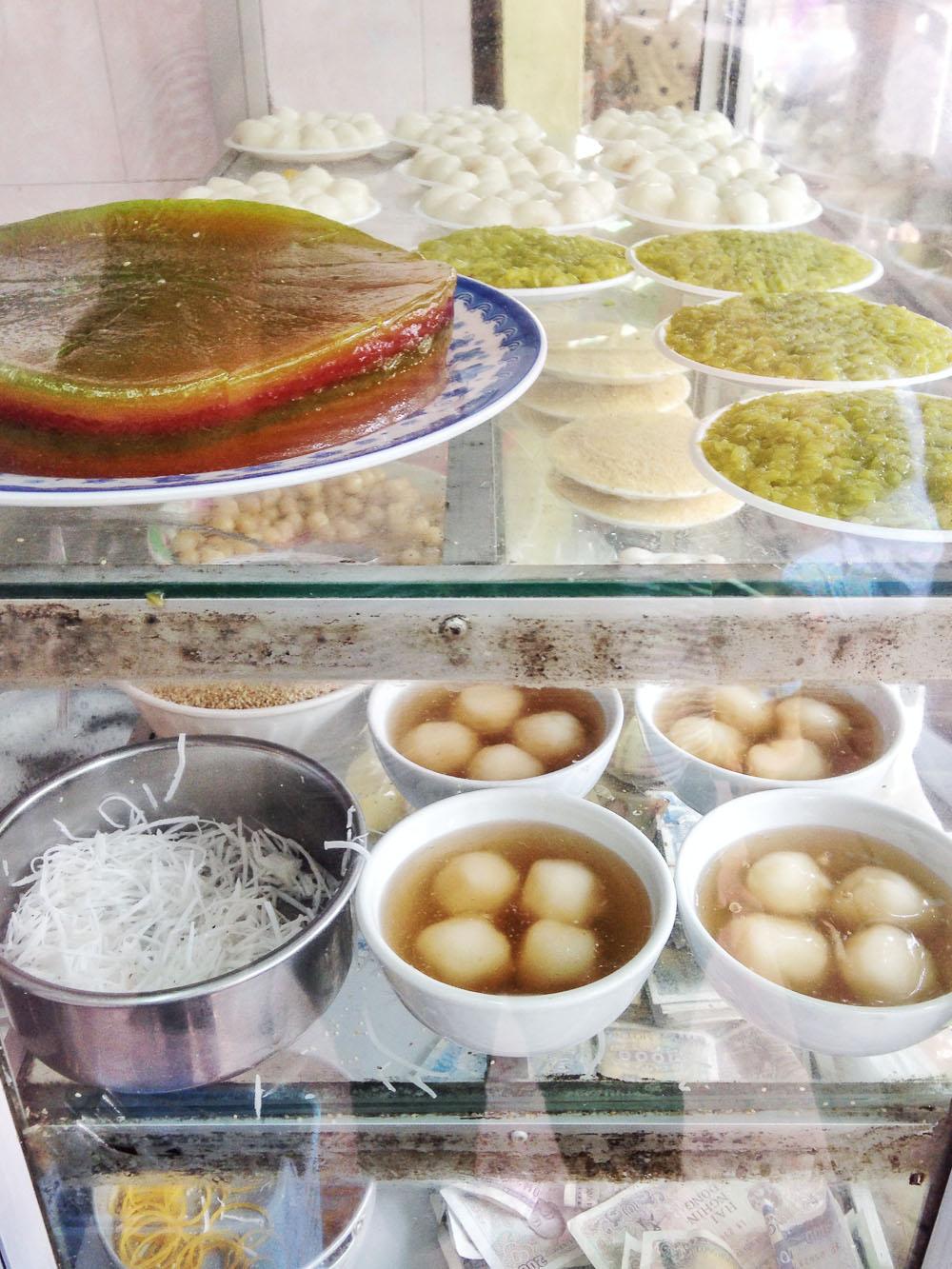 Quán Chè Mười Sáu Desserts