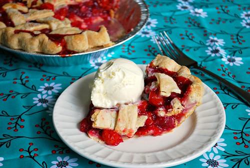 Door County Summer Cherry Pie