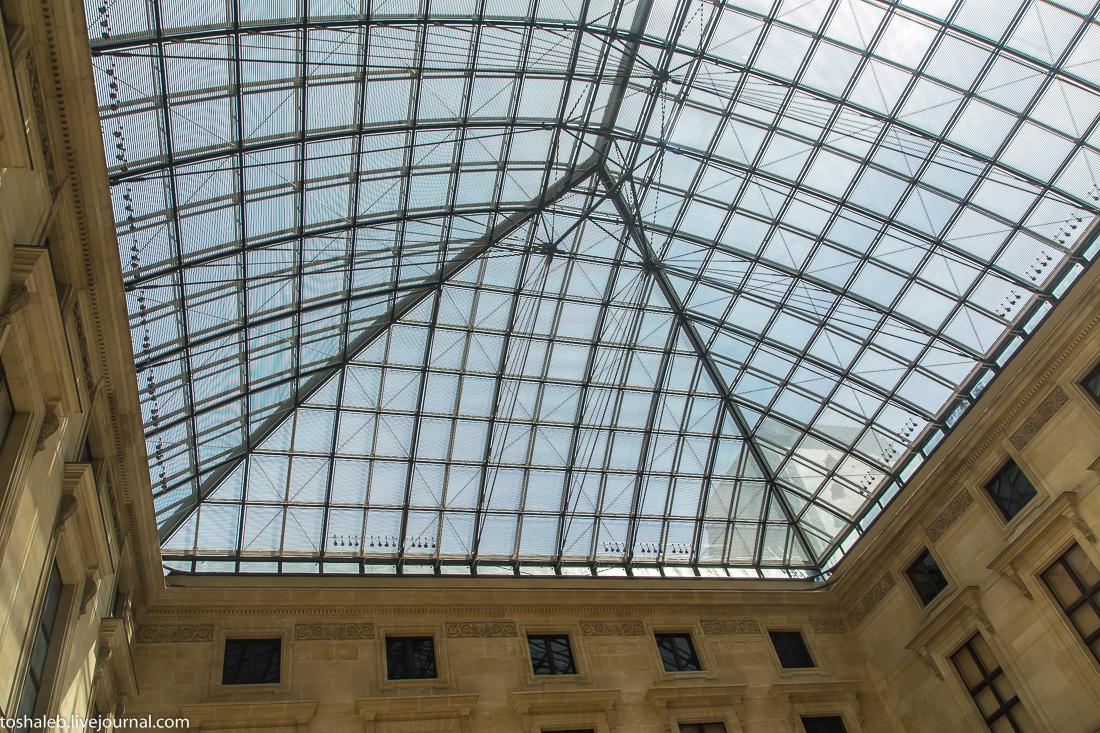 Louvre-79