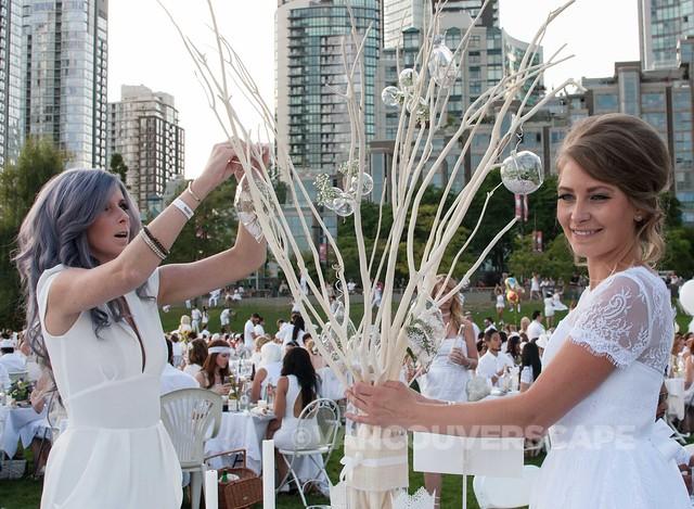 2014 Diner en Blanc Vancouver-9