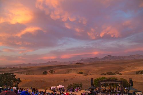 sunset night clouds sanbenitocounty mammatusclouds hollisterca canon5dmarkiii concertsatthepeppertreeranch