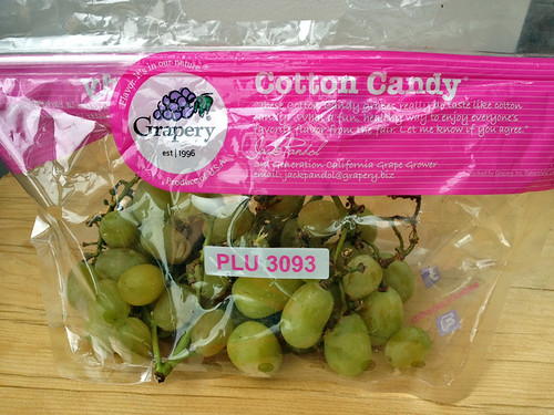 cotton_candy_grapes_photo