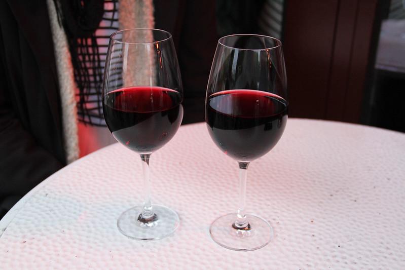 calypsos utförsäljning, minigolf, ben and jerrys och ett glas rött på moriskan med maria!