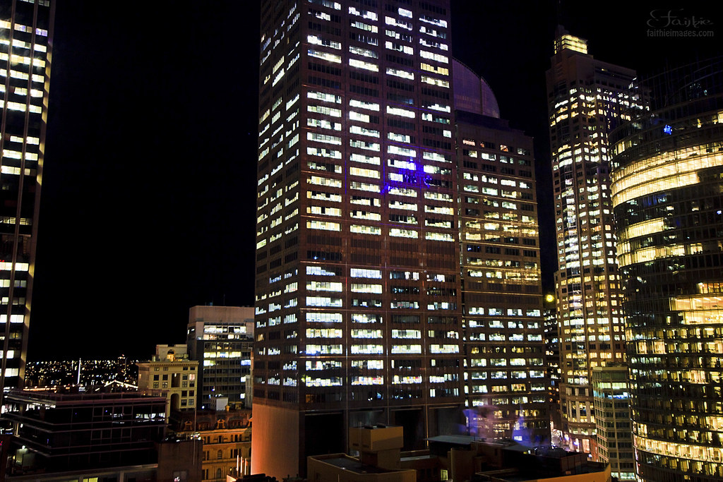 Night shot of Sydney's CBD