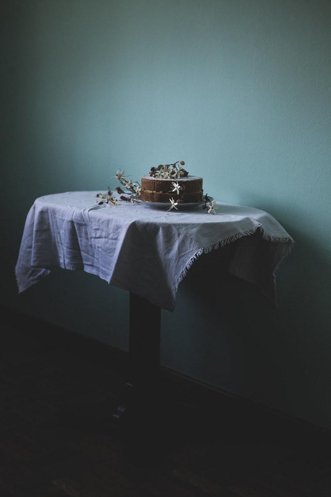 VICTORIA LEMON SPONGE CAKE