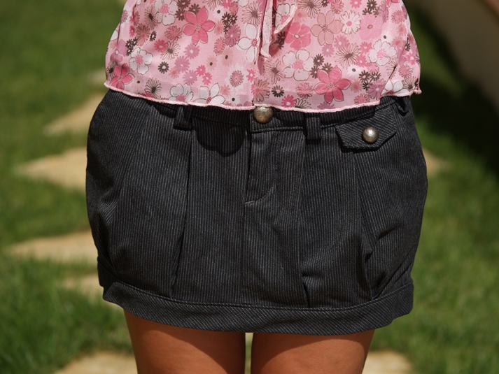 http://www.chicfy.com/falda/minifalda-con-pantalon-interior-color