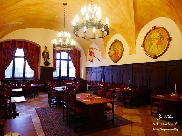 Hotel Ruze薔薇飯店Charming Hotel in cesky Krumlov中世紀扮裝晚餐-自助式早餐 (16)