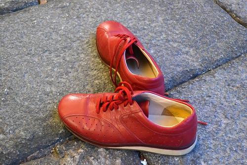 Cavenago - Scarpe rosse