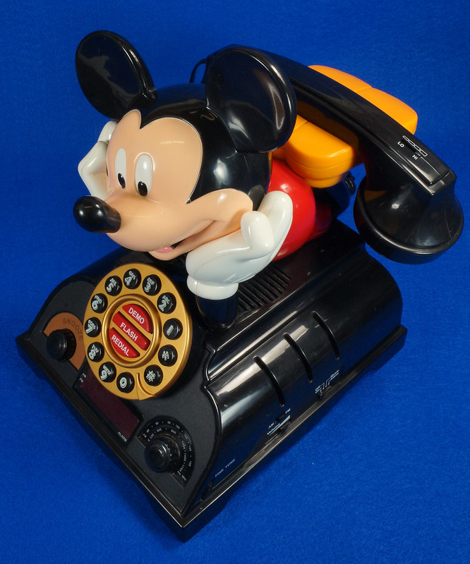 RD14898 Rare Vintage Mickey Mouse Talking Alarm Clock Radio Telephone DSC06893