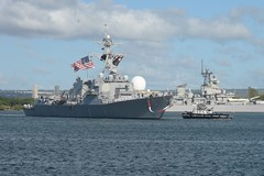 USS William P. Lawrence (DDG 110) arrives at Joint Base Pearl Harbor-Hickam, Nov. 14. (U.S. Navy/PO1 Corwin Colbert)