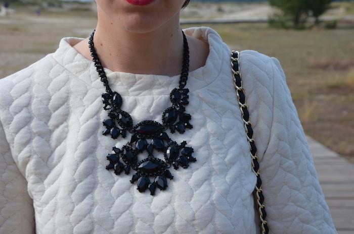 collar negro zara