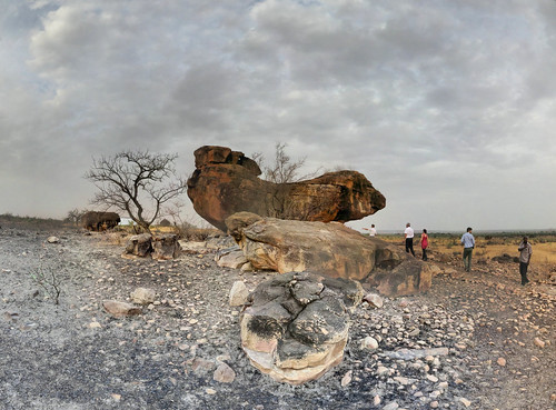 sunset sky panorama rock clouds painting de soleil paintings perspective coucher ciel togo nuages ptassembler peintures rupestres savanes dapaong korbongou multiblend namoudjoga