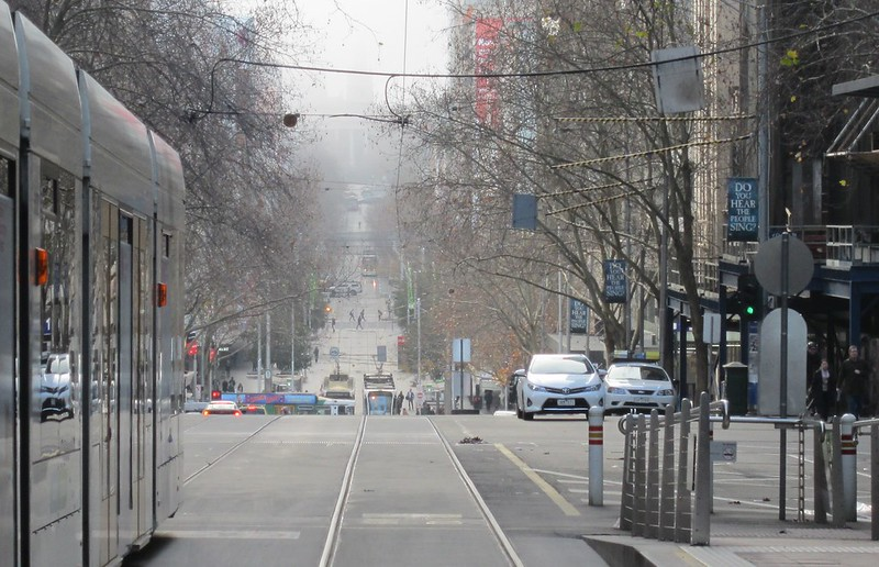 Bourke Street fog, looking east towards Parliament