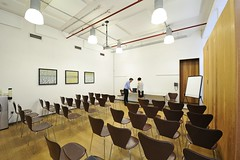 Affordable meeting rooms for up to 40