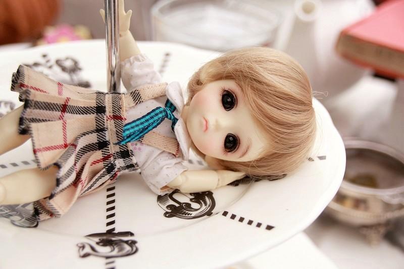 帶著娃娃去旅行---倫敦篇---Lati cookie的愛麗絲下午茶。