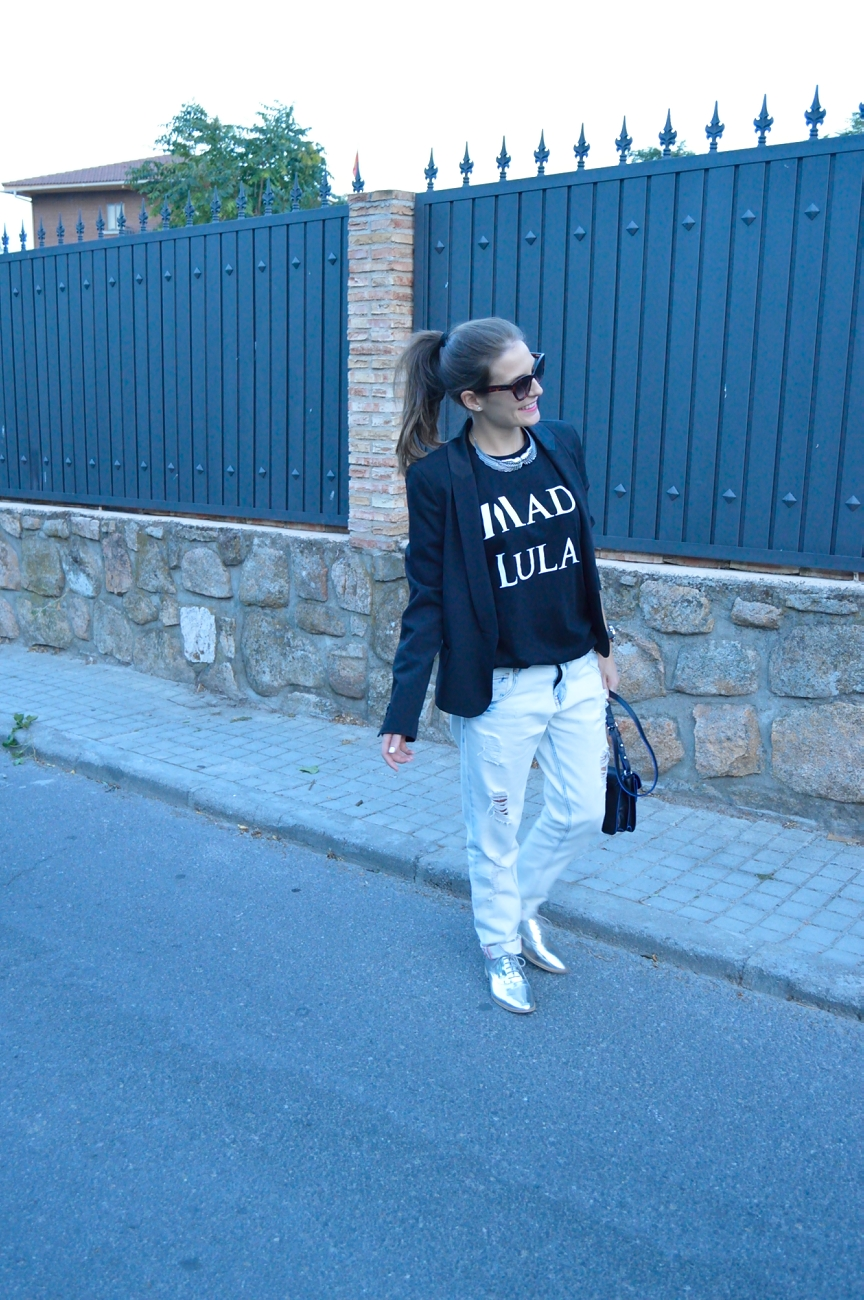 lara-vazquez-mad-lula-look-tee-style-easy-chic