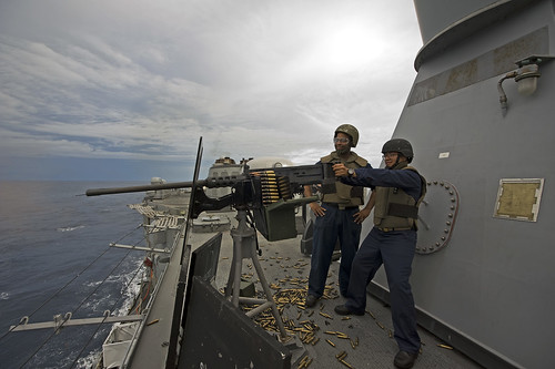 USS Ingraham Hosts Action-packed Midshipmen Cruise