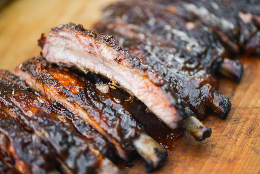 Apricot-Glazed Barbecue Ribs