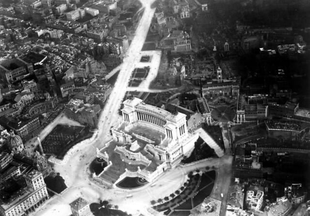 ROMA ARCHEOLOGIA & ARCHITETTURA: Roma, Centro Storico & I Fori Imperiali & Via Dell' Impero & Via Del Mare (c. 1930-32?).