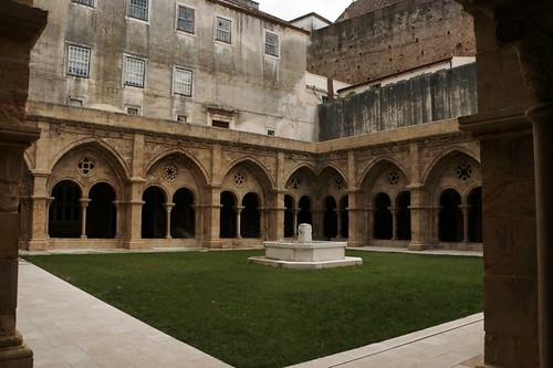 Cattedrale vecchia: il chiostro