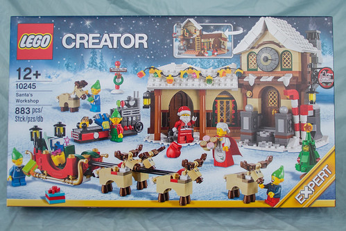 10245 Santa's Workshop box, front