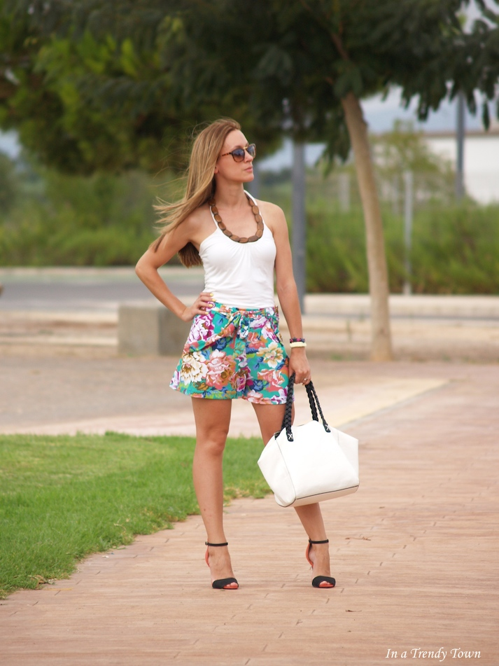 Flower Shorts by Trini Lorente In a Trendy Town