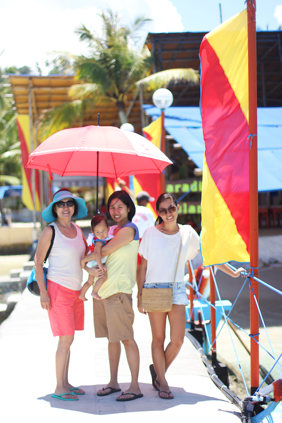 Family-Day-at-the-Beach_04