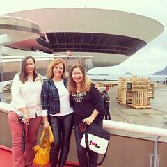 Tsrde feliz com Luciana Mesquita e Alcione Mazzeo...