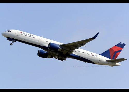 B752 - Boeing 757-251