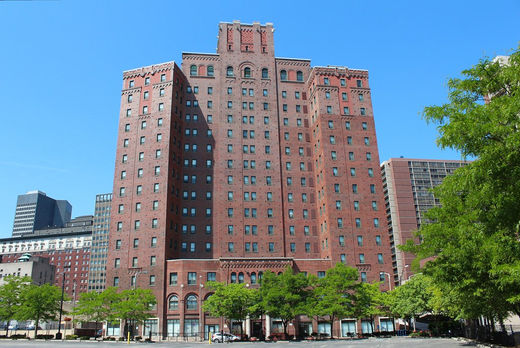 Allerton Apartments Cleveland Ohio