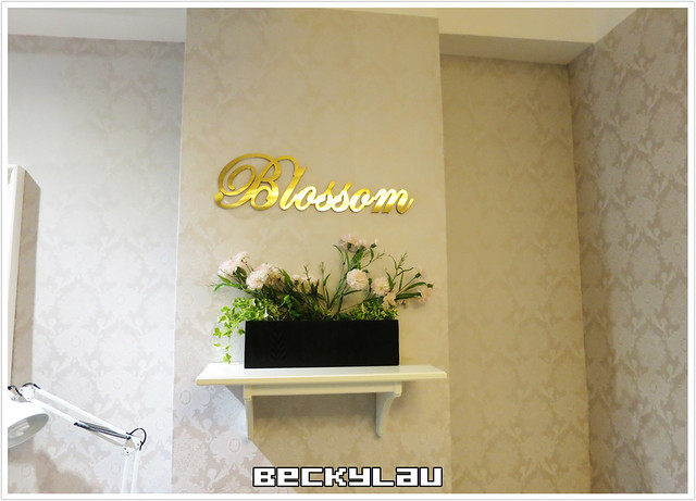 Blossom nail and beauty - 1