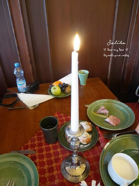 Hotel Ruze薔薇飯店Charming Hotel in cesky Krumlov中世紀扮裝晚餐-自助式早餐 (3)