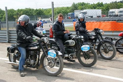Michael Journeau (Terrot 500 RGST 1950_E489) & Mark Bostin (Velocette 200 Valiant 1959_E490)