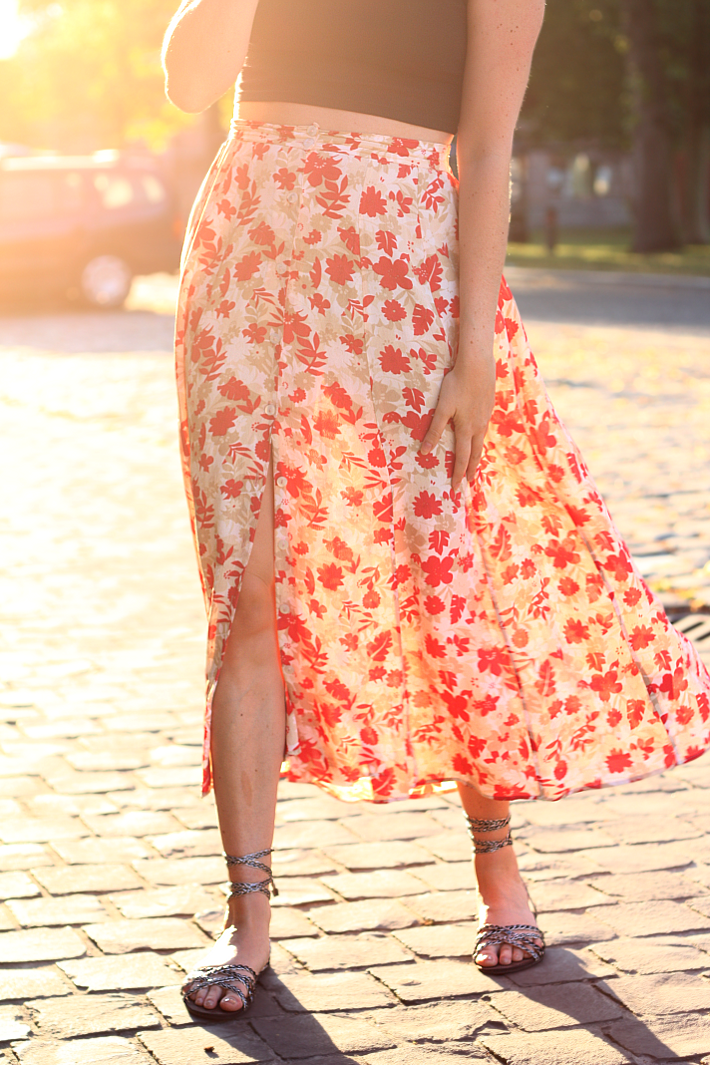 vintage maxy skirt strappy sandals