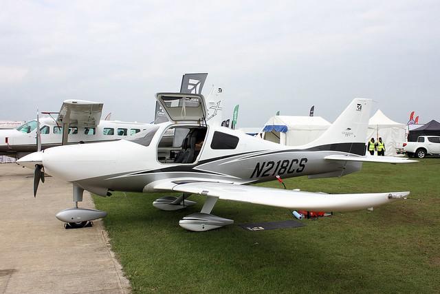 N218CS