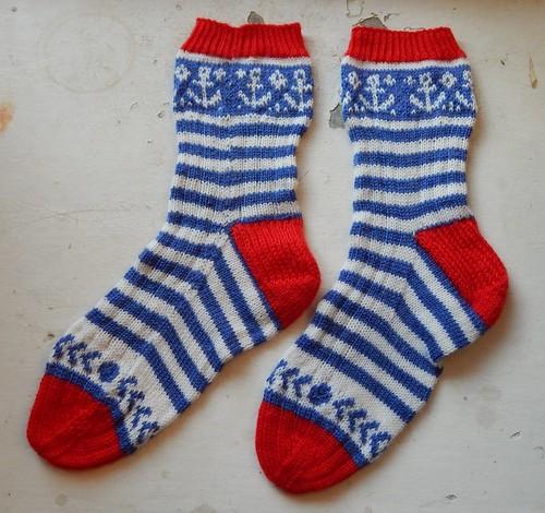 полосатые носки жаккардом