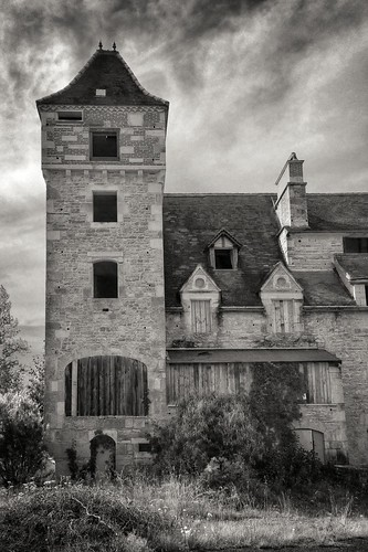 Along the road to Cahors... abandoned building on a back road in the southwest of France