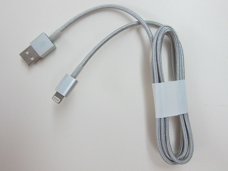 Juices+ - Silver Lightning Cable