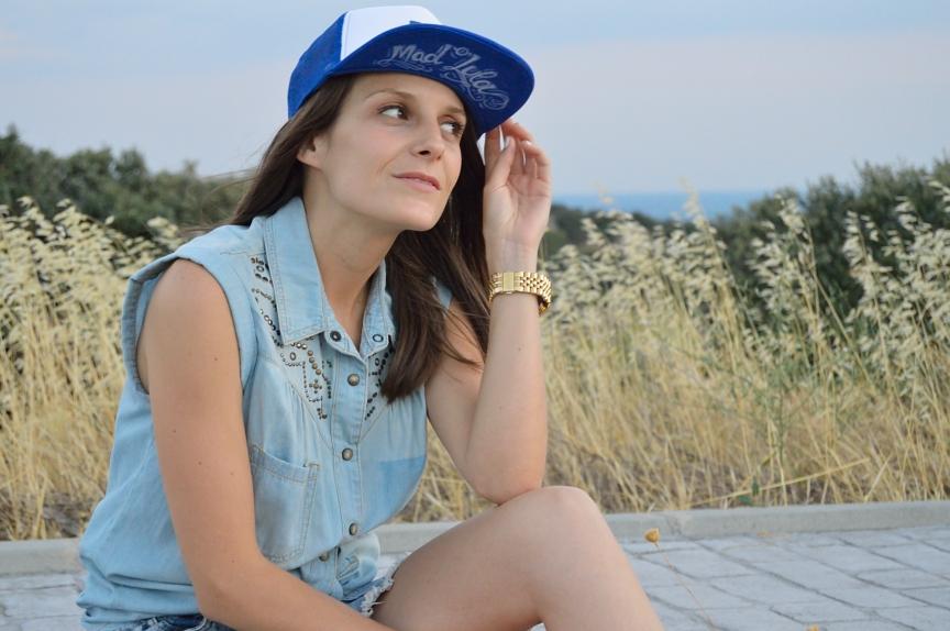 lara-vazquez-mad-lula-fashion-look-style-cap-rapper-look-denim